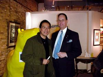 <SMALL>Mr. Ma and the Gallery Director