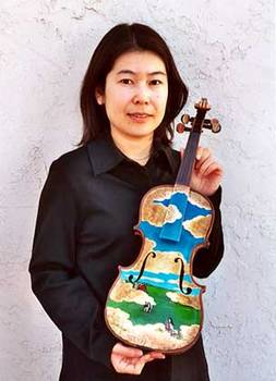 <SMALL>Violin with Artist