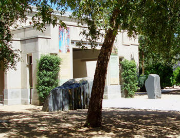 <SMALL>Escondido Museum side</SMALL>
